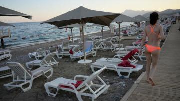 Россиян предупредили о риске закрытия турецких курортов из-за COVID-19