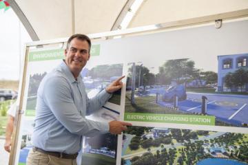 Губернатор штата Оклахома США ознакомился с работой, проводимой в рамках проекта «Умная деревня» в Зангилане