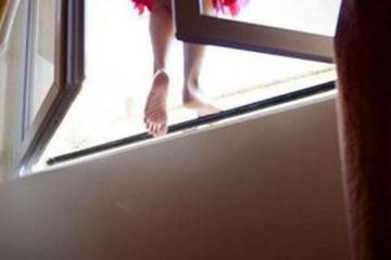В Гяндже скончалась бросившаяся с 7-го этажа 17-летняя девушка - [color=red]ОБНОВЛЕНО[/color]