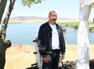 Президент Азербайджана: Готовится карта водных источников всех освобожденных земель