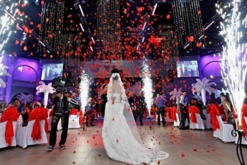 Participants to be required to have a COVID passport at weddings attended by 50 to 150 people
