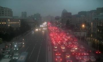 ГДП назвала причину заторов, наблюдаемых на дорогах Баку в последнее время