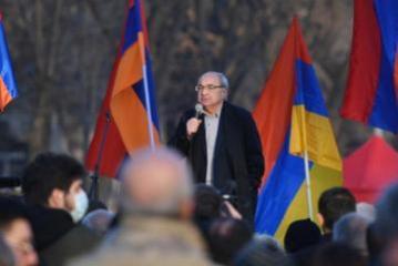 Ermənistanın müxalifət lideri Vazgen Manukyana qarşı cinayət işi açılıb