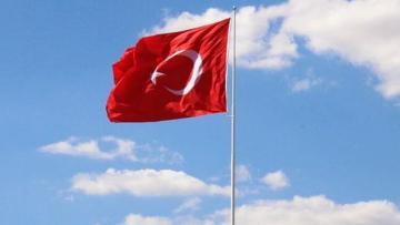 Продлен срок требования в связи с тестом на COVID-19 для посещающих Турцию лиц