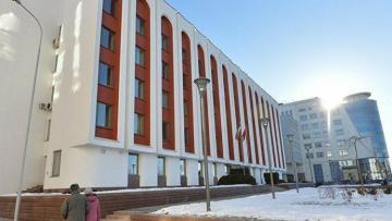 Беларусь выслала еще двух польских дипломатов