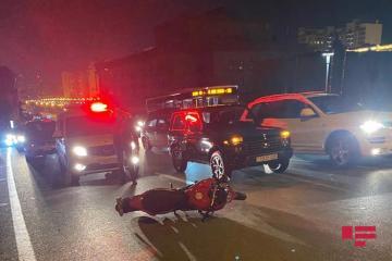 Bakıda motosiklet piyadanı vuraraq, onu ağır yaralayıb - [color=red]FOTO[/color]