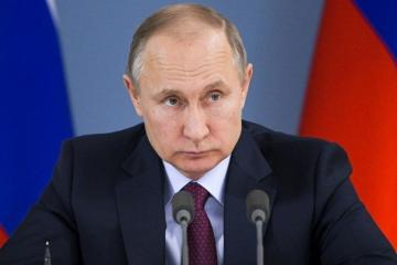 Parliament passes law letting Putin run for president again
