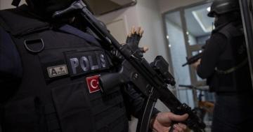 """İŞİD liderinin ən etibarlı """"hərbi təşkilatlanma əmiri"""" İstanbulda həbs edilib - [color=red]FOTO[/color]"""