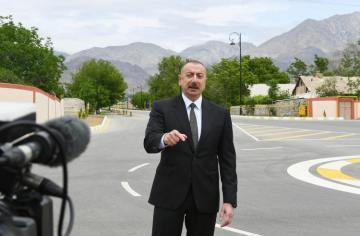 Президент: Должен быть положен конец грязной кампании, проводимой против Азербайджана в связи с Парком военных трофеев