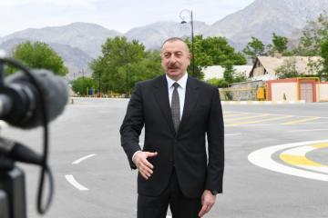 Президент Ильхам Алиев: На территории Азербайджана нет территориальной единицы под названием Нагорный Карабах