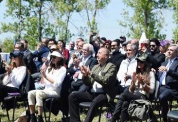 Президент Азербайджана Ильхам Алиев и Мехрибан Алиева приняли участие в церемонии открытия фестиваля «Харыбюльбюль» в Шуше-[color=red]ОБНОВЛЕНО[/color]