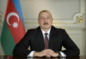 Президент Азербайджана поделился публикацией в связи с праздником Рамазан