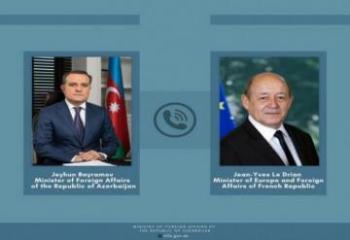 Главы МИД Азербайджана и Франции обсудили напряженность на границе с Арменией
