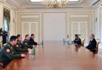 Президент Ильхам Алиев принял министра обороны Беларуси-[color=red]ОБНОВЛЕНО[/color]