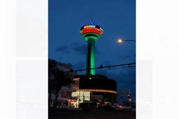 Символы Анкары и Стамбула окрасились в цвета азербайджанского флага  - [color=red]FOTO[/color]
