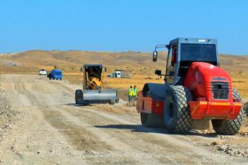 На дороге Талыш-Тапгарагоюнлу-Гашалты-Нафталан ведутся масштабные строительные работы - [color=red]ФОТО[/color]