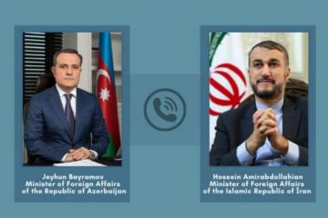 Главы МИД Азербайджана и Ирана обсудили отношения между двумя странами