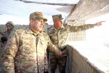 Закир Гасанов посетил боевые позиции в Кяльбаджаре и Лачине - [color=red]ВИДЕО[/color]