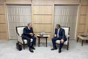 Закир Гасанов встретился с турецким коллегой