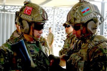Начались совместные учения азербайджанских и турецких военнослужащих-[color=red]ВИДЕО[/color]