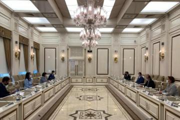 Делегация Ассоциации омбудсменов ОИС встретилась с председателем Милли Меджлиса