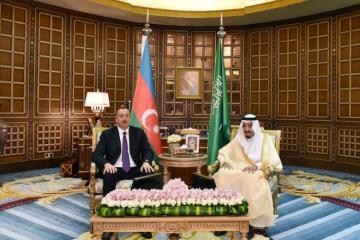 President Ilham Aliyev congratulates King of Saudi Arabia
